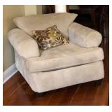 https://www.ebay.com/itm/114186841944PA041: XL Tan Fabric Occasional Chair Local Pickup $75