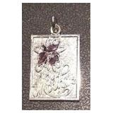 https://www.ebay.com/itm/124156083127RX4152007 STERLING SILVER 925 MOTHER CHARM $10 WEIGHT 2.8 GRAM