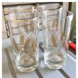 LAN0813 (4) Mid Century Wheat Glasses Local Pickup $5 Pay online by Venmo: @Rafael-Monzon-1, PayPal