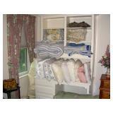 Bedding, linens