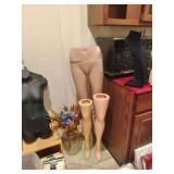 Store Displays & Mannequins
