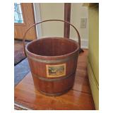 Colonial Bucket