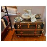 Another Gorgeous Trunk W/Beveled Glass Top!