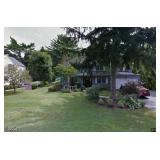 Roslyn Heights: Online Auction Starts Tue 9/21 at 9:00am, Begins Closing Tue 9/28 at 8:00pm