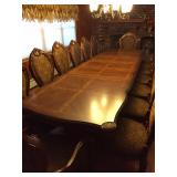 DESIGNER DINING ROOM SUITE OPENS TO 13 FT WITH PADDING AND EXTRAS WOW 14 DINING CHAIRS IN TOTAL TWO