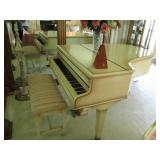 CHICKERING BABY GRAND PIANO THE QUATER GRAND ALABASTER