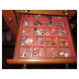 Jewelry Chest/Jewelry