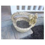 OUTDOOR PLANTERS AND STATUARY