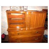 Mid-Century Modern John Widdicomb Dresser