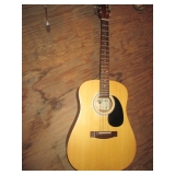 Bently 5300 Acoustic Guitar with Case