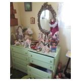 Dressers/Mirrors & Dolls
