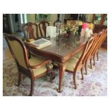 Thomasville Dining Room Suite