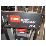 Toro Power Throw 724 Snowblower