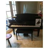 Story and Clark Prelude Baby Grand Piano with QRS Pianomation, CD player & more in polished ebony w