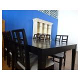 Dining Room table w/6 Chairs