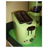 VTG Hamilton Beach Apple Green Toaster
