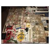 Tinley Park Estate Sale! Costume Jewelry, Blow Molds & More!