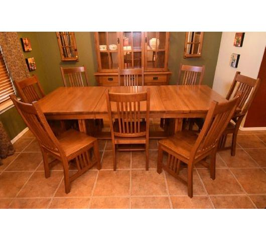 Nice Couches For Sale: Estate Sale With Nice Furniture