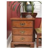3-Drawer End Table / Nightstand