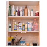 Vanity & Bath Items / Toiletries