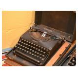 "Remington ""Remette"" Manual Typewriter"