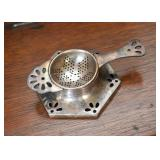 Silver Plate Tea Holder / Strainer