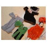 Doll Clothes / Clothing