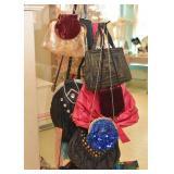 Purses, Handbags & Totes