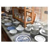 Fine China / Dinnerware
