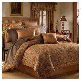 #8570 Overstock Home Goods, Kitchenware, Bedding Sets, Electronics, Comforters, Quilts, and Home Dec