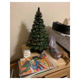 ceramic xmas tree/comics