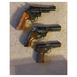 NO PRICE B4 smith & Wesson mod 19 357mag,llama especial 22LR auto,high stand sentinel mark IV 22 mag