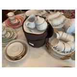 Korona dinnerware