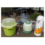 WVT010 Vintage Vacuum, Ice Bucket and Thermos