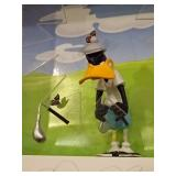 DAVID KRACOV MIXED MEDIA SCULPTURE IN SHADOWBOX, DEPICTING DAFFY DUCK AS A FRUSTRATED GOLFER