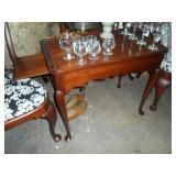 Statton Tea Table