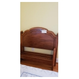 $275 Queen Bed Headboard/Footboard/Rails