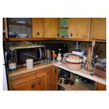 Countertop Microwave & Kitchen Items