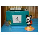 Mickey Mouse - Millennium Mickey - Thru the Mirror - On Top of the World - 2000 Walt Disney Collecto