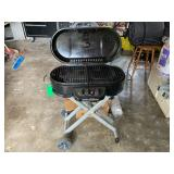 Outdoor portable grill