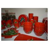 Wachterback Red Christmas Dish Set