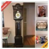 View Park Estate Sale Online Auction - Valley Ridge Avenue