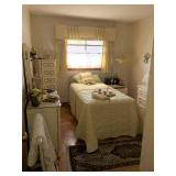 Yellow bedroom - twin bed - great for little girl
