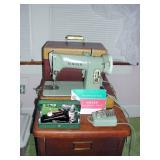 Singer Sewing Machine 185J