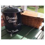 #13. Clam & picnic basket $28