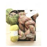 32.lot: 4 prism kid slique, baby alpaca lace, S.Charles Ritratto  $50