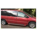1998 Town & Country Chrysler Mini Van