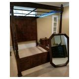 Henredon Bed, Mirror and nightstand ( feature picture )