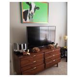Mid century 6 drawer dresser only $180