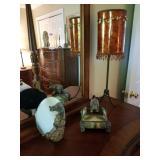 Lamp pair has matching floor lamp